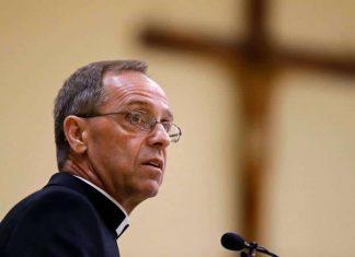 Arcebispo Charles Thompson em Indianápolis